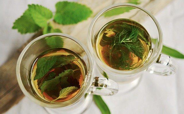 čaj, ki lajša tiščanje v želodcu